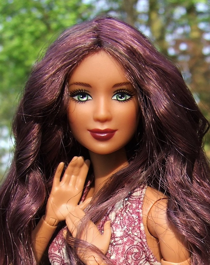 Barbie shemale bobmshell