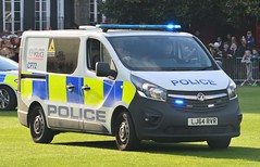 City Police Dog Section (8) @ HAC Open Day 09-05-17 (AJBC_1) Tags: honourableartillerycompany hac london ©ajc england unitedkingdom uk nikond3200 cityoflondon hacopenday ajbc1 rifle roledemonstration roledemo ukemergencyservices police policevehicle ukpolice cityoflondonpolice dogsection policevan dogvan lj64rvr cp72 vauxhall
