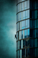 Window Washer (EdBob) Tags: windowwasher tower skyscraper texture textured bellevue washington washingtonstate blue windows pattern high up city job scary 2017 ropes washing building architecture edmundlowephotography edmundlowe usa america pacificnorthwest pugetsound occupation sky allmyphotographsare©copyrightedandallrightsreservednoneofthesephotosmaybereproducedandorusedinanyformofpublicationprintortheinternetwithoutmywrittenpermission