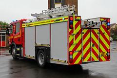 Humberside Fire & Rescue Service Brand New Scania P280 Appliance (PFB-999) Tags: humberside fire and rescue service hfrs brigade brand new scania p280 appliance pump water ladder tender wrl wrt wrtl lightbar grilles fendoffs sidelights leds yn17mxk