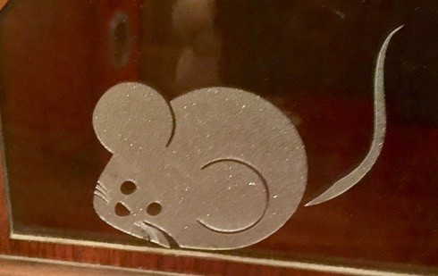 negative mouse
