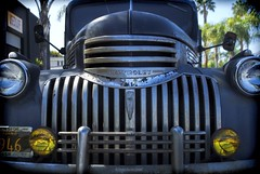 '46 Chevy.... (Joe Hengel) Tags: 46chevy chevy chevrolet truck oldtruck socal southerncalifornia sanclemente palmtrees palmtree headlights license theoc orangecounty oc outdoor goldenstate california ca usedsurf fender automobile
