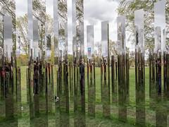 """Berlin, IGA 2017: """"Reflecting Gardens"""", ein begehbares Spiegellabyrinth des dänischen Künstlers Jeppe Hein - """"Reflecting gardens"""", a walk-through mirror installation by the Danish artist Jeppe Hein (riesebusch) Tags: berlin gärtenderwelt iga2017 marzahn"""
