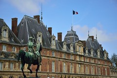 Chateau Architecture (35mmMan) Tags: eu france architecture chateau statue horse bronze inexplore explored