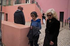 blondie (josefcramer.com) Tags: europe europa portugal lissabon lisboa lisbon menschen people urban street streetphotography leica m 240 rangefinder messsucher josef cramer flaneur city town colour stadtleben stadttmenschen summilux 24mm 50mm asph