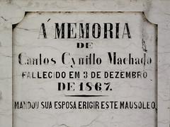 Lisboa (isoglosse) Tags: lisboa lissabon lisbon portugal cemitériodosprazeres serif akzent accent acento grab tomb jazigo
