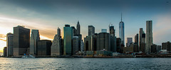 Manhattan - New York (valecomte20) Tags: extérieur manhattan newyork sea sunset d5500 nikon horizon ville city ciel sky eau gratteciel skyscraper