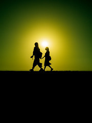 PhoTones Works #8717 (TAKUMA KIMURA) Tags: photones takuma kimura 木村 琢磨 olympus air a01 landscape natural silhouette people backlight shadow 風景 景色 自然 シルエット 人 逆光 影