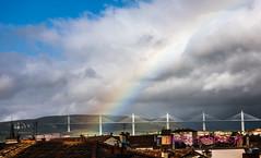 arc en ciel sur le viaduc de Millau (louis.labbez) Tags: millau labbez causses montagne pont bridge viduc arcenciel arc ciel nuage lumiã¨re blanc gris bleu toit aveyron france lumière