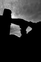 V_Adr_052017_11 (verul1968) Tags: italia italy lazio roma rome tivoli villa adriana resti romani antichità roman remains antiques imperatore adriano emperor adrian baianconero bn bw black white monocromo monochrome filtro rosso red filter