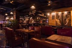 Decoración interior (allabar8769) Tags: bar china guilin interior montreal nocturna