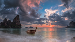 Our Shangri - La (Jerry Fryer) Tags: thailand krabi railaybeach coast beach seascape sunset waves sky sea sand rocks cliffs longtailboat phiphiislands canon 5dsr ef1635mmf4l panorama