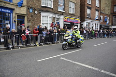 Tour De Yorkshire Stage 2 (602) (rs1979) Tags: tourdeyorkshire yorkshire cyclerace cycling policemotorbike policemotorbikes tourdeyorkshire2017 tourdeyorkshire2017stage2 stage2 knaresborough harrogate nidderdale niddgorge northyorkshire highstreet