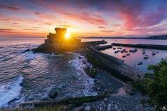 Fort de Socoa - Saint Jean de Luz (jubu photographie) Tags: landscapes sun sunrise color 5dmk4 163528 sea landscape boat reflet reflection sud sudouest socoa saint jean de luz biarritz