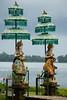 Statues in front of water temple (Henk Steetzel) Tags: temple statue bali indonesia pura ulun danu bratan beratan lake hindu d5300