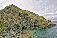 Tintagel Castle is a medieval fortification located on the peninsula of Tintagel Island adjacent to the village of Tintagel, north Cornwall in England in the United Kingdom (marechal jacques) Tags: tintagel cornwall england united kingdom castles castell ruins towers middle ages fortresses history historical mediaeval châteaux forteresses fortifications ruines moyen age médiévales donjons remparts fortifiées forts histoire citadelles schlösser schlosses burgen kasteel castel ruin fortress zitadelle geschichte stadtmauern mittelalterlichen mittelalter