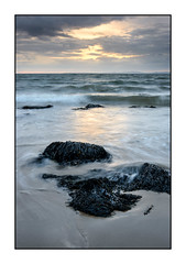 Llandanwg. (John Dominick) Tags: llandanwg wales harlech beach seaweed