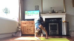TV on practice (stankayoga) Tags: yoga stanka stankayoga inversion london londonyoga dharmayoga poweryoga hathayoga practice