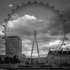 Squaring the circle... (+Pattycake+) Tags: monochrome wheel london square crop eye bw londoneye
