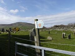 _1090973 Cashel yn Ard, Isle of Man (1) (archaeologist_d) Tags: isleofman cashelynard chamberedtomb archaeologicalruin neolithic standingstones 2000bc