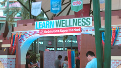 Robinsons Supermarket Learn Wellness (1 of 30) (Rodel Flordeliz) Tags: robinsons supermarket purefoods cdo grafitti wizard foods backtoschool discounts