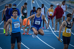 Drake Relays Distance Carnival (Phil Roeder) Tags: desmoines iowa drakerelays drakestadium drakeuniversity blueoval trackandfield track trackmeet athletics athletes athlete canon6d canonef70200mmf4lusm