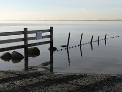 !....!...!...!...! (Beeke...) Tags: minimalism nature monochrome minimalistnature ocean beach bc canada calmwater fence horizon abstract shadows reflections composition loght distance landscape