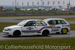 Classic Stock Hatch - R2 (17) Cooper challenges Cayzer (Collierhousehold_Motorsport) Tags: 750mc 750motorclub 750 snetterton snetterton300 classicstockhatch gti peugeot citroen vauxhall saxo stockhatch ford
