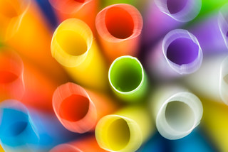 Straws in camera blur