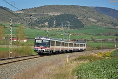 470 (firedmanager) Tags: renfe renfeoperadora automotor 470 caf tren train trena ferrocarril navarra