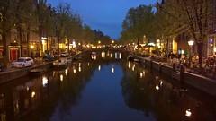 Amsterdam at night. (heinzkeller804) Tags: amsterdam holland niederlande alststadt oldtown red light district gracht kanal brücken