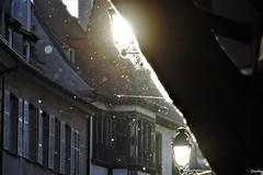 DSC_3743_GF (Crashei00) Tags: strasbourg france nikon light lumière particules street streetphotography rue photographiederue picture photographie photography colors couleurs particles