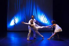 Stretching. (Carlos Vieira.) Tags: stretching sambanopé gafieira rio de janeiro