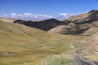 Travelling through the Tien Shan mountains