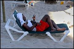 Cala Bona - Cala Millor (www.nielsdejgaard.dk) Tags: calabona beach strand beachlife strandliv mallorca calamillor people mennesker sand sunbed