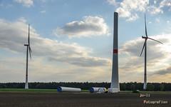Aufbau Windkrafträder (joli_2009) Tags: erneuerbareenergie windenergie windkrafträder windräder baustelle neubau umweltschutz