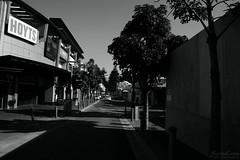 DSC_0078-1 (ScootaCoota Photography) Tags: bw black white monochrome dark scene street fremantle perth western australia nikon photo photoraphy hoyts cinema movies film noir outdoors