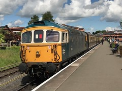 33108 at Kidderminster SVR (Peter Bryant 56069) Tags: severnvalleyrailway br brcw kidderminster svr 33108 331 33