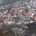 Casas nas encostas dos Balcãs