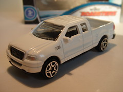 SUNTOYS FORD F-150 NO7 1/64 (ambassador84 OVER 11 MILLION VIEWS. :-)) Tags: suntoys fordf150 diecast pickuptruck ford