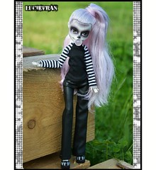 📷 Lady Gaga  #ladygaga #mh #monsterhigh #custommonsterhigh #customdoll #customdolls #doll #dolls #dollclothes #dollfashion #fashiondoll #ladygagadoll #clothes #dolloutfit #everafterhigh #dollstagram #barbie #blythe #dress #dolldress #bratz #barbied (lucie.vran) Tags: instagramapp square squareformat iphoneography uploaded:by=instagram lofi