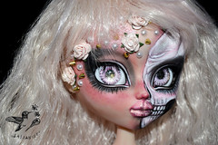 Skelly (saijanide) Tags: pullip taeyang custom doll dolls ooak repaint faceup jun planning zombie horror creepy dark goth gothic cute sweet detail anatomy skull skeleton muscle saijanide artist