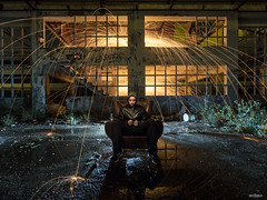 The Gatekeeper (PacoQT) Tags: lanadeacero steelwool lightpainting longexposure largaexposición lightart night noche urbex ruins