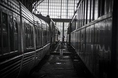 Life is missing trains. La vida es perder trenes. (ithyrsus) Tags: nikon d5200 photoshop bw trains trenes stations estacióndetren viajes travels madrid spain spanien españa espagne espanha europe europa estacióndedelicias museodelferrocarril