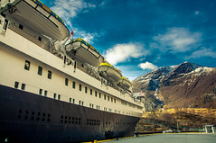 Flåm tourist stop (Tony Shertila) Tags: 20170415075348 cruise europe pig flåm sognogfjordane norway astoria moubtain snow mooring ship boat town village fjord water sky weather day outdoor reflection nor
