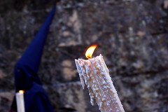 La vela de la cera (Capitan Ruso) Tags: hermandad cofradía penasdesantiago nazarenos penitentes velas candles cera wax córdoba semanasanta astesantua setmanasanta holyweek semainesainte karwoche settimanasanta wielkitydzień страстна́яседми́ца mahalnaaraw 圣周 religión religion tradición tradition folklore andalucía andalusia españa spain espagne spanien spagna 西班牙 espanya स्पेन ہسپانیہ espainia espanha spanje domingoderamos palmsunday diumengederams erramuigandea входгоспо́деньвиерусали́м 棕枝主日 dimanchedesrameaux palmofesto palmsonntag domenicadellepalme palmzondag niedzielapalmowa procesión procissão processione procession processó prozesio шествие 遊行 procesio processie prozession procesja