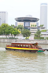 Boat and Flying Saucer (Adrian Midgley) Tags: boat flyingsaucer singapore singapura river electric