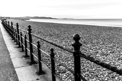 Ireland - Bray - Beach (Marcial Bernabeu) Tags: marcial bernabeu bernabéu irlanda ireland bray playa beach iron hierro baranda barandilla railing sea mar