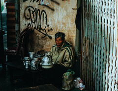 _DSC4889 (Tiến Long) Tags: street life streetlife black blackandwhite white dalat đà lạt vietnam việt nam old market streetseller seller work