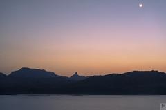 Sunset and moonrise at Bhandardara lake (Prabal Pandey) Tags: bhandardara milkyway milkywaygalaxy stars longexposure nightlongexposure